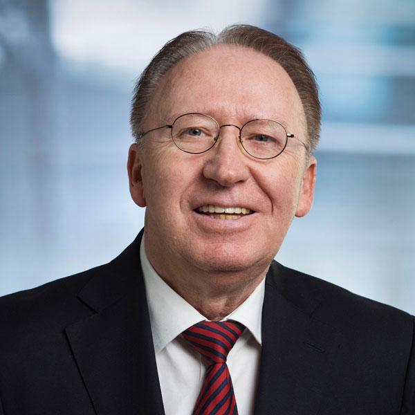 Rechtsanwalt & Notar a.D. Peter Goroll